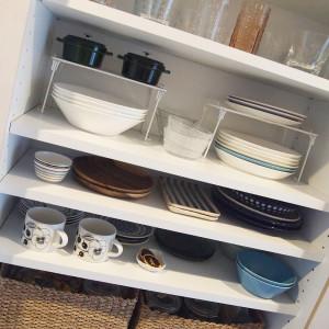 キッチンにいて楽しくなる、食器棚収納