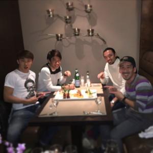 太田宏介選手がSPENDを着て香川真司選手の誕生日をお祝い!