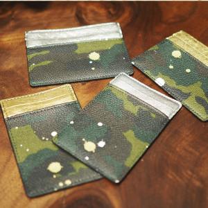 Gentil Banditの迷彩カードケースでワンランク上の小物使いを♪