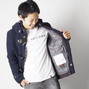 シンプルな中に遊び心あり♡大大大人気のマークジェイコブスのロゴTシャツ!