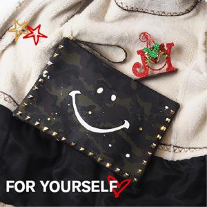 頑張ったご褒美に♡自分へのクリスマス笑顔になれるにこちゃんアイテムをプレゼント