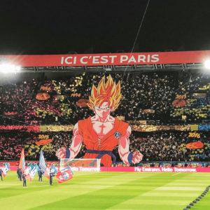 パリ・サンジェルマンのスタジアムに日本の大人気アニメ ドラゴンボールのキャラクターが登場!!