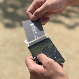 できるオトコの必須アイテム!スマートに決まるGentil Banditのカードケース!