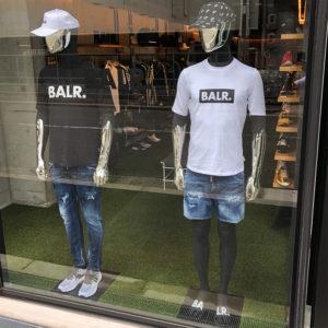 BALR.の大人気Tシャツでシンプルなデニムスタイル!!