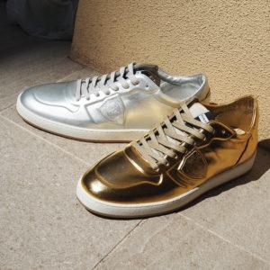 GOLD or SILVER!フィリップモデルの新作スニーカーで煌びやかな足元に!