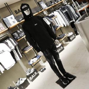 DSQUARED2 × BALR.|新作ブラックデニムで作るオールブラックコーデ!