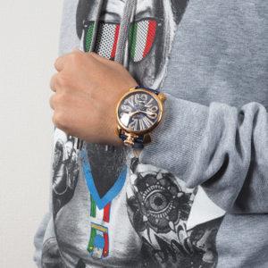 カジュアルコーデにも合わせたい!高級感あふれるGaGa MILANOの腕時計