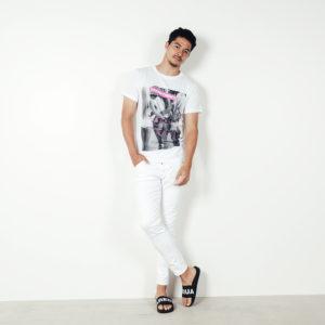 DSQUARED2×SPEND|新作Tシャツで作る!夏に映えるホワイトコーデ!