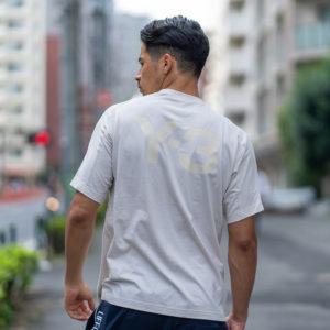 Y-3|今欠かせないTシャツ!バックプリントでさりげなくオシャレに!