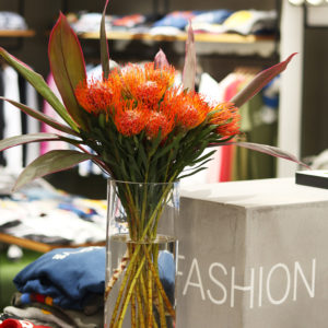 バランススタイル名古屋|圧倒的な存在感!新しいお花に変わりました!