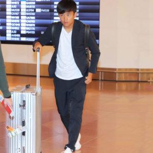 """サッカー日本代表の久保建英選手が帰国!愛用しているのは""""GIOCATORE""""のセットアップ!!"""