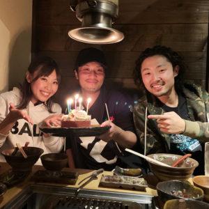 バランススタイル大阪 焼肉ホルモン「龍の巣」でサプライズ誕生日会!