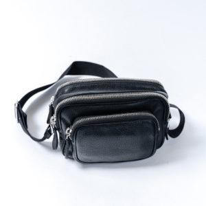 Maison Margiela|上質なグレインレザーバッグでコーデに引き締めを!