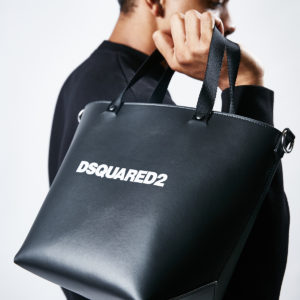 DSQUARED2|1年中使えるトートバックはデザインと素材で選ぶ!