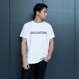 1枚でもインナーでも活躍!GIOCATOREのロゴTシャツ!