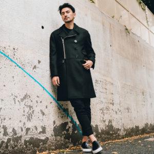 Neil Barrett|今年のアウター選びは、大人の色気が漂うコートで周囲を魅了!