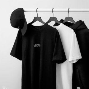 シンプルだからこそこだわりの1枚を!今のうちに抑えておきたいTシャツ3選!