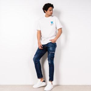VALVOLA 「Tシャツ + デニム」の王道スタイルはインパクト抜群のデザインを!