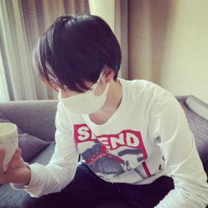 俳優業やYouTubeなど幅広く活躍している小池徹平さんのインスタでSPEND着用写真を発見!