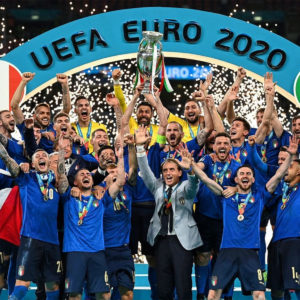 イタリアが53年ぶり2度目の欧州王者に!!PK戦までもつれ込む激戦を制す!