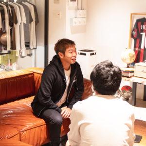 ブラインドサッカー選手の加藤健人さんにインタビューをしました!記事の公開をお楽しみに!