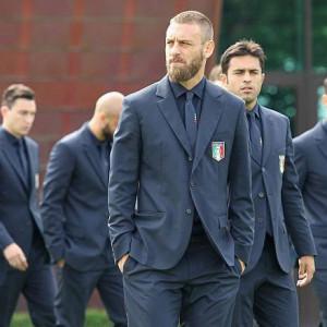 スーツ姿はモデル並み!?「EURO 2016」を勝ち進んでいるイケメン揃いのイタリア代表をチェック!