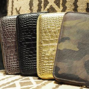 迷彩好きにはたまらないイタリア生まれのリッチな長財布