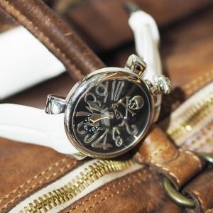 ベルトで腕時計の印象チェンジ♪ ガガミラノの楽しみ方は無限大!