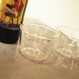 今宵の夜は、スーパームーンを見ながらデザイングラスで乾杯!