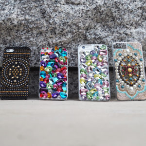 DRESSTICのiPhoneケースで宝石箱のような輝きを♪