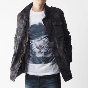 カモフラージュのスウェットデニムの1PIU1UGUALE3のジャケットで男らしく決める!