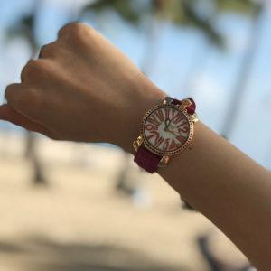 """一緒に時を刻む、私の腕時計""""ガガミラノ"""""""