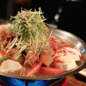 あまりの辛さにまた食べたくなる♡韓国料理「東洋食堂 百」